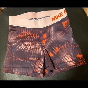 Used, good condition Woman's XS Nike Pro